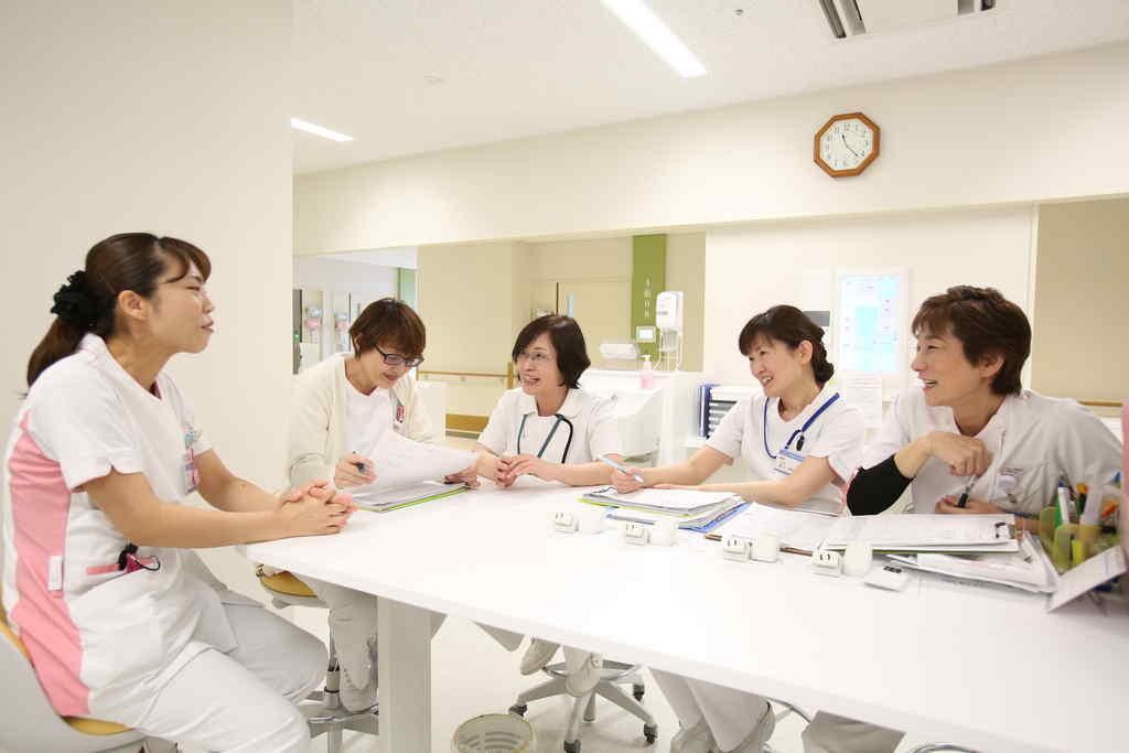 4東病棟看護チーム画像