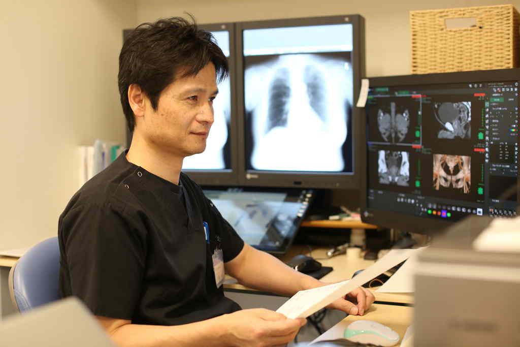 放射線科診断風景
